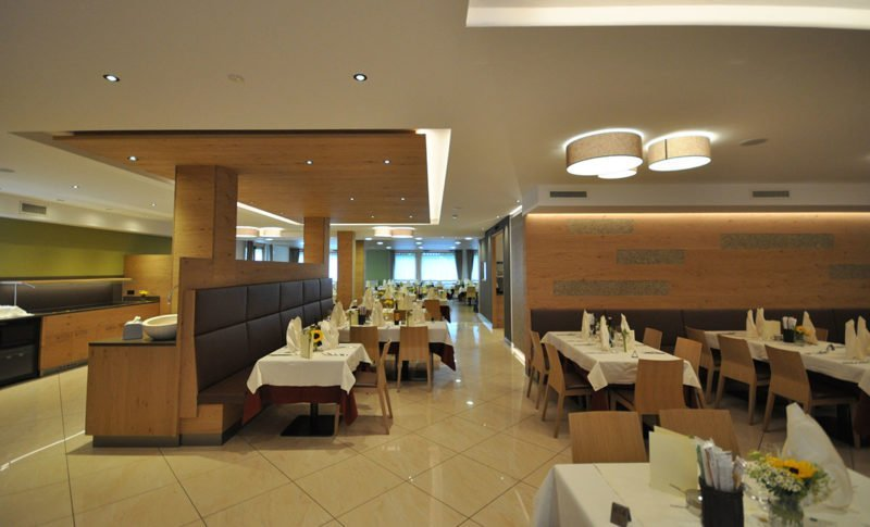 Sala ristorante, gastronomia trentina